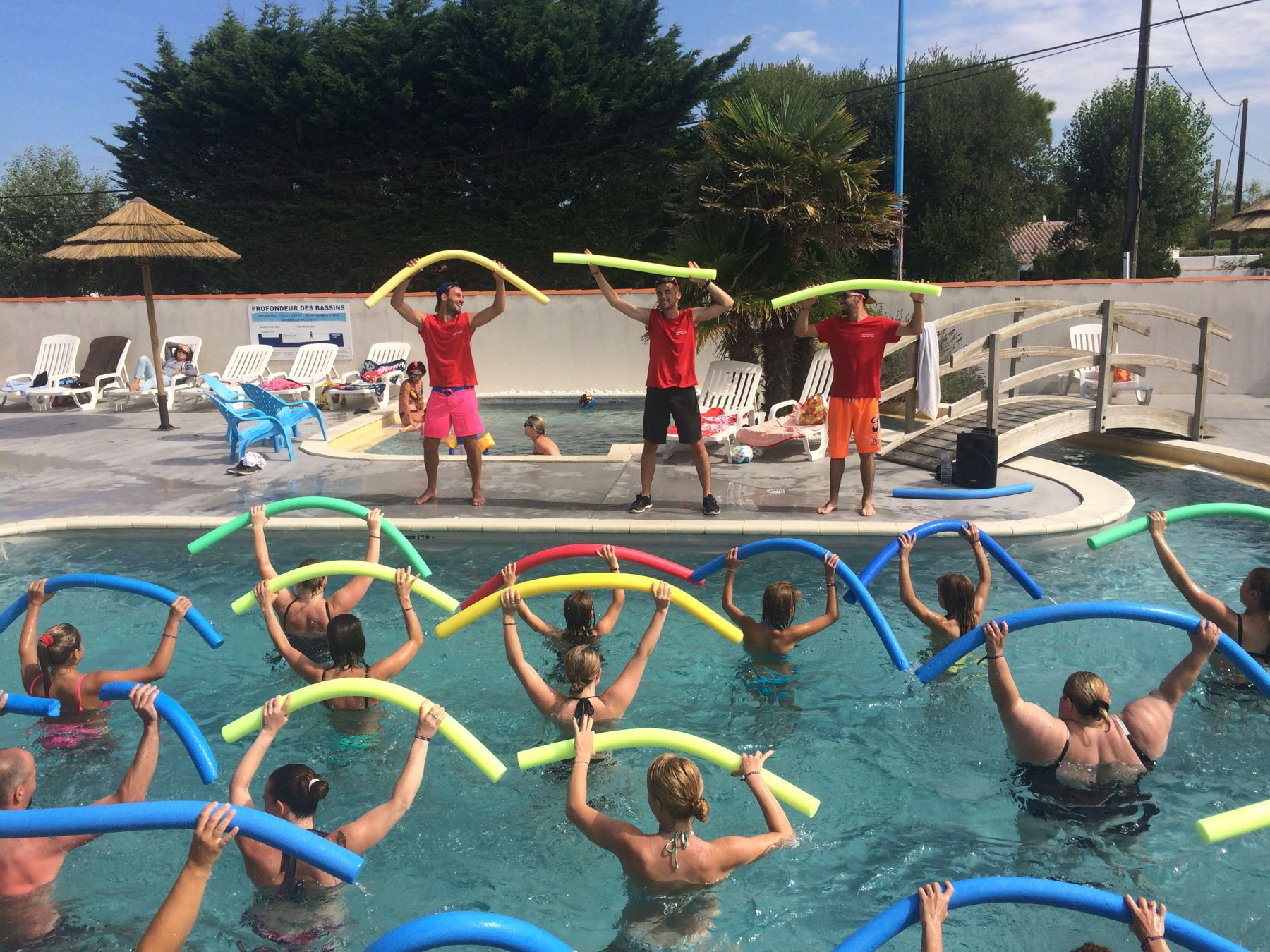 camping-vendee-aquagym-saint-jean-de-monts-Les-Places-Dorees