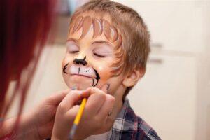 camping-vendee-maquillage-enfants-saint-jean-de-monts-Les-Places-Dorees